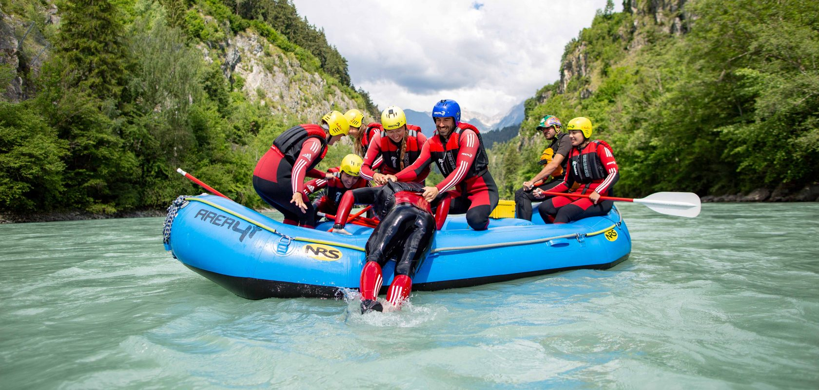 Rafting Camp mit der AREA 47