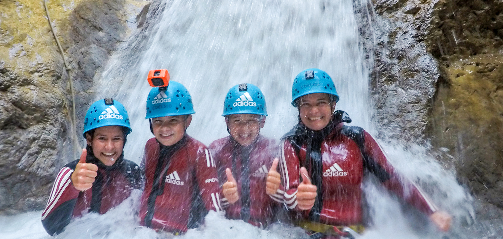 Canyoning: Teamwork makes the dream work