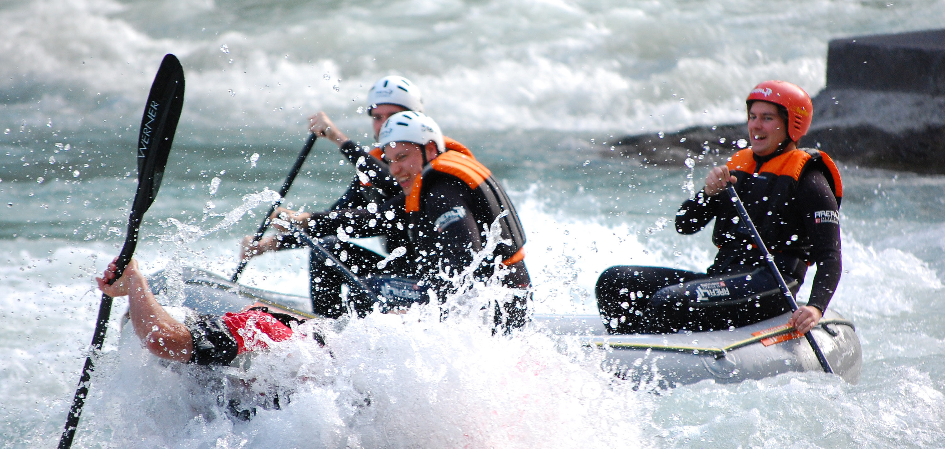 Choose your own line on the river - Power Rafting