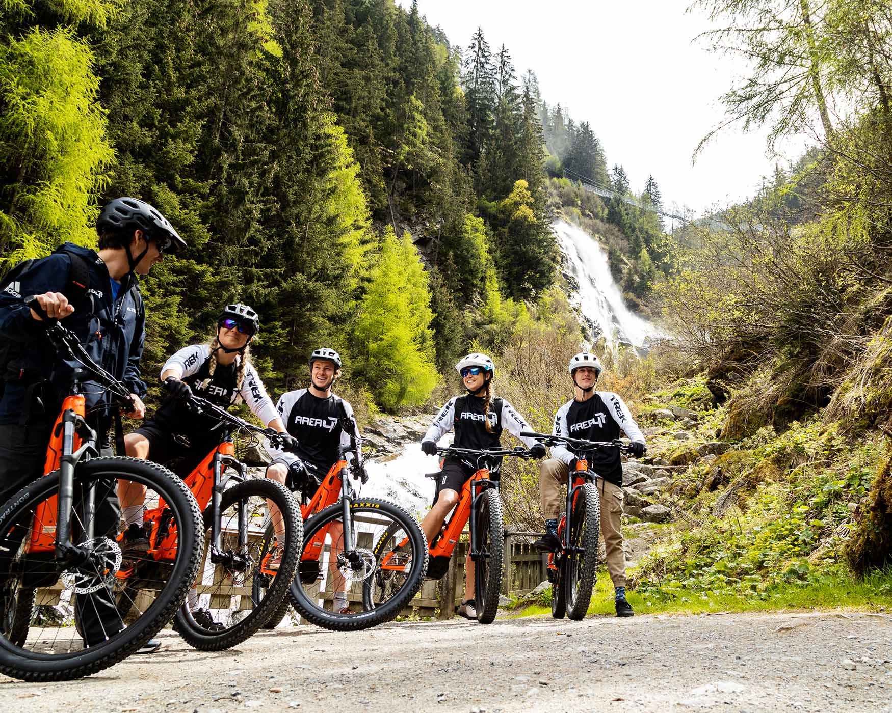 Mountain bike tours with the AREA 47