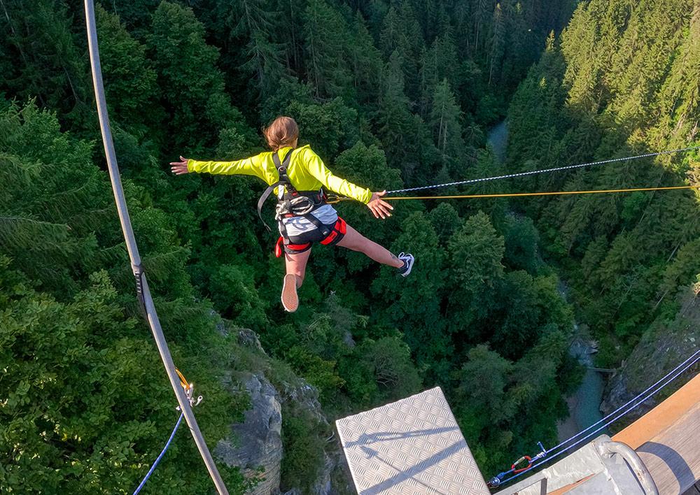 valley swing from Benni-Raich-Bridge