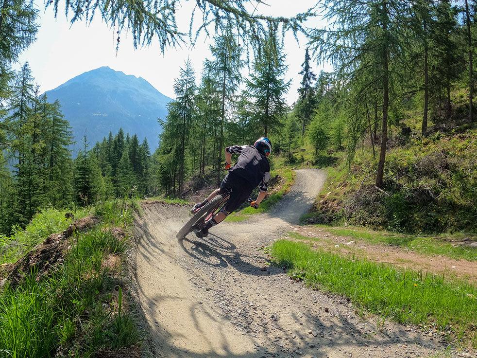Guided mountainbike tours