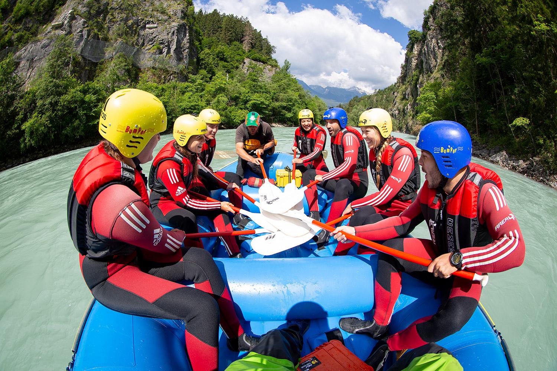 Rafting: Nur zusammen geht es vorwärts