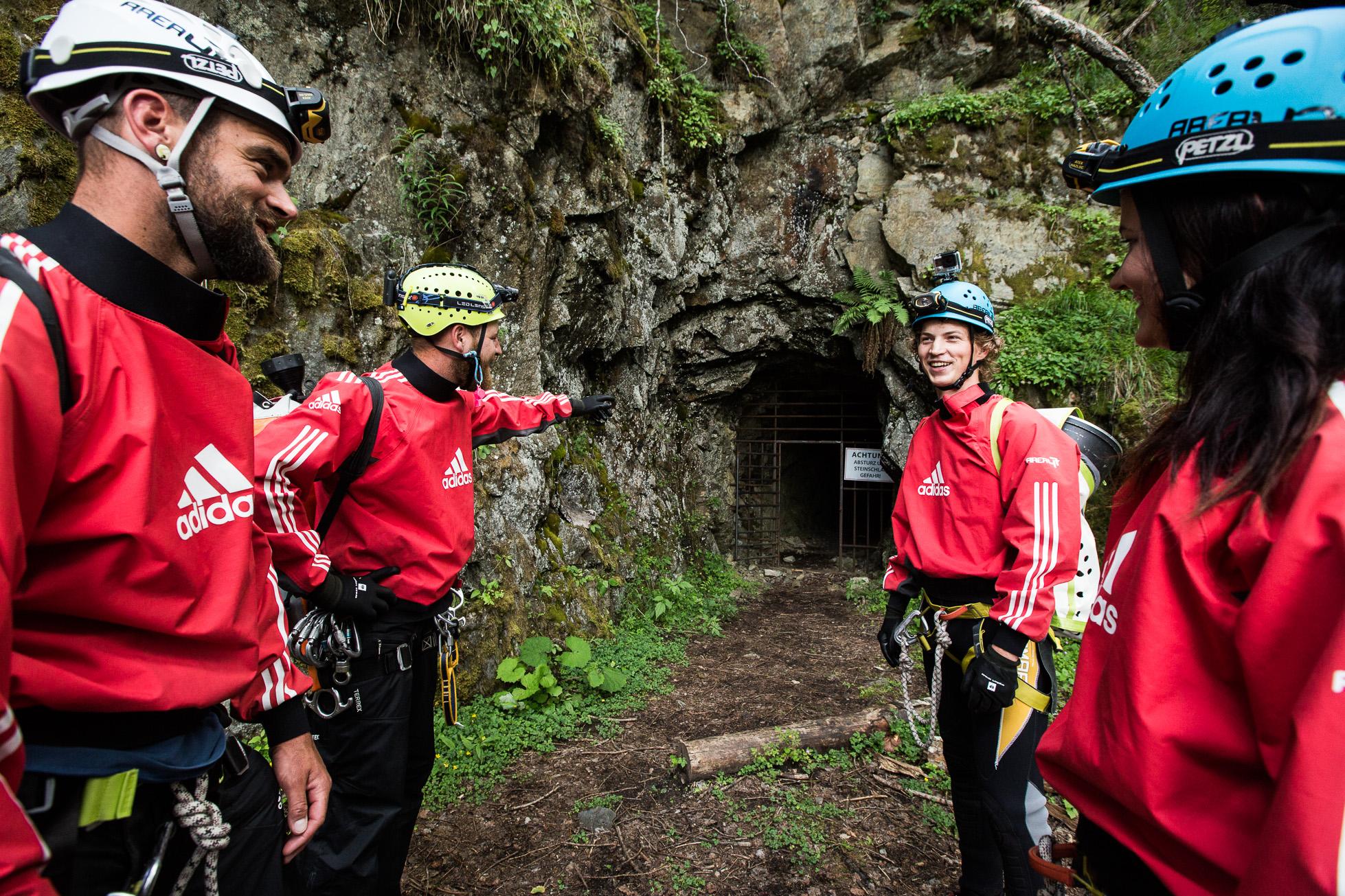 Höhlenwanderung in Tirol