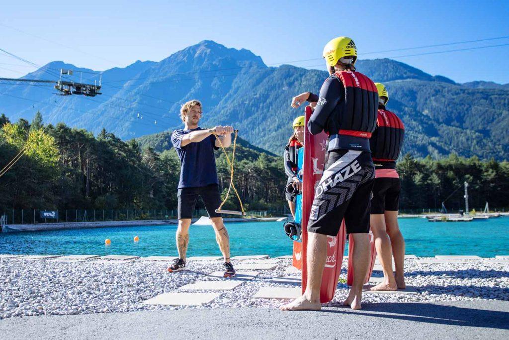 Wakeboarden in alpiner Kulisse