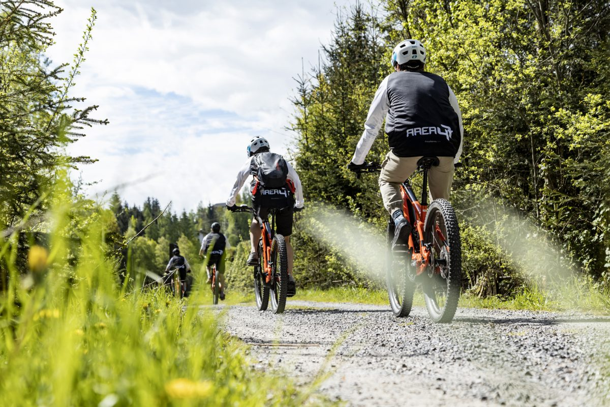 E-MTB Tour mit der AREA 47 Bike Academy